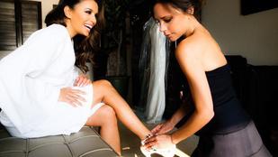 Victoria Beckham így öltöztette Eva Longoriát az esküvőn