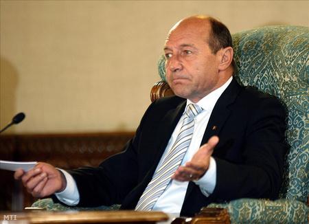 Ha Basescu nem nyer, akár egy héten belül megalakulhat az új kormány