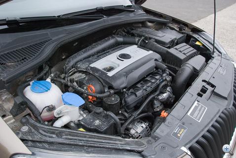 Korunk egyik legjobb négyhengeres benzinmotorja