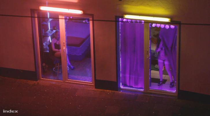 Egy fotó riportsorozatunk korábbi részéből, a bremerhaveni piros lámpás negyedben