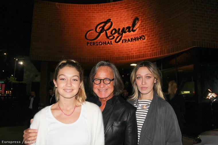Gigi Hadid testvérével Alana Hadiddal és apjával Mohamed Hadiddal