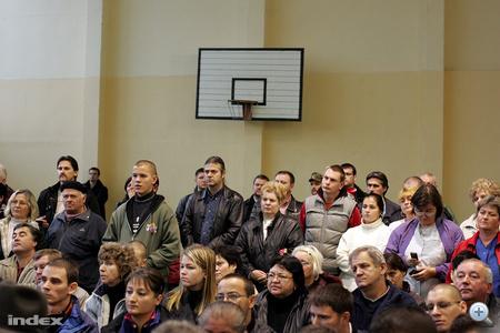 A sajtótájékoztatón vastapsot kaptak a Jobbik vezetői.