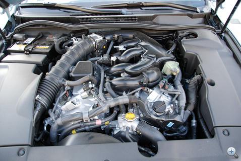 Így már látszik, hogy V6-os