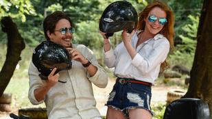 Lindsay Lohanék nyaralása olyan intim, hogy profi fotósorozat készült róluk
