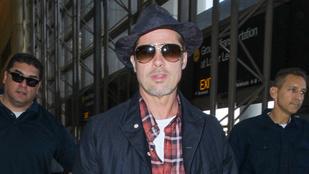 Brad Pitt most egy kislány játékát szerezte vissza