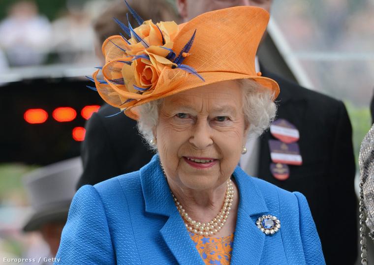 II. Erzsébet királynő az ascoti derbyn