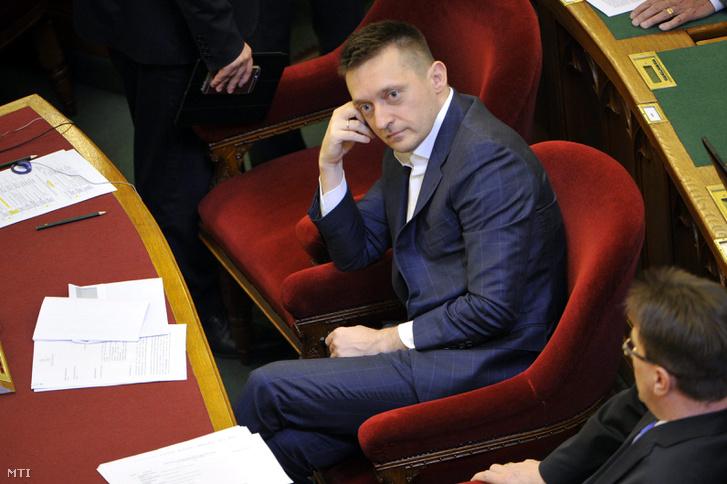 Rogán a parlamentben