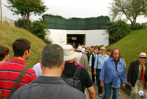 A kétszer két embersávos alagút
