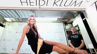 Heidi Klum mindent bevet, hogy eladja a bugyijait