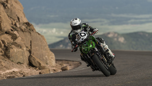 Kitiltották a motorosokat a jövő évi Pikes Peak hegyi felfutóról