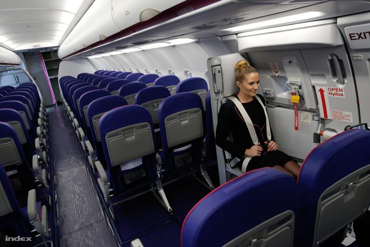 A Wizz Air egyik Airbus A321-es gépe belülről