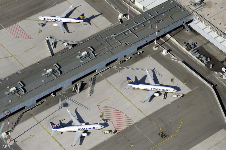 Ryanair gépei Marseilleben