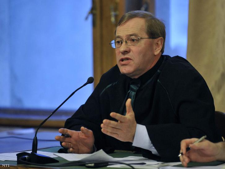 Ruttner György, ügyvéd