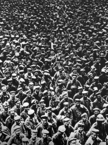 1918. augusztus 22.: német hadifoglyok Abbeville-nél, akiket aznap, illetve egy nappal korábban fogtak el