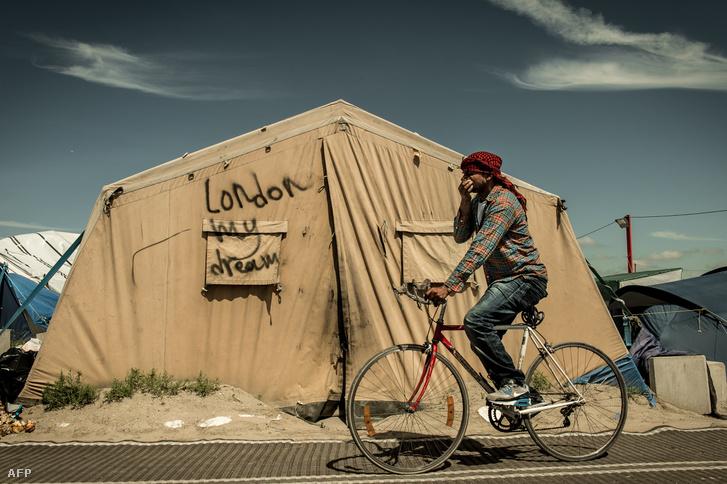 Menekülttábor Calais-ban