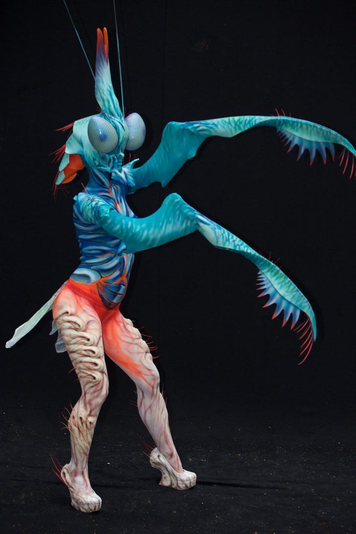 Vadócz Edina és Lengyel Gergő testfestő-SFX művészek Metamorfózis című alkotása