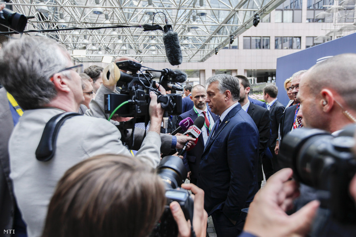Orbán Viktor az EU brexitet követő csúcstalálkozóján, június 28-án.