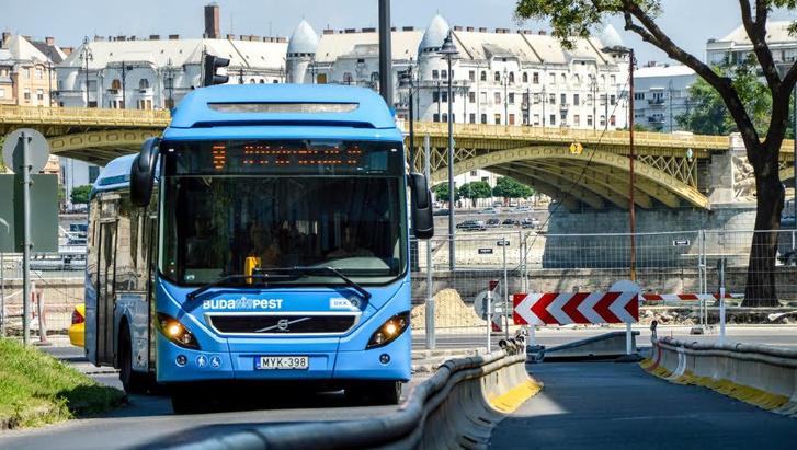 Volvo 7900 Hybrid a forgalomba állás után néhány nappal (fotó: Buga Bence)