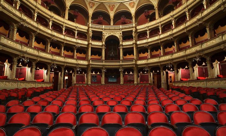 opera nézőtér