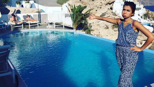Lúzerség: egyedül ment görögbe nászútra