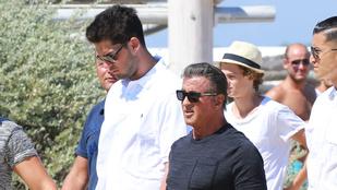 Észrevette már, hogy Stallone igazából egészen apró?