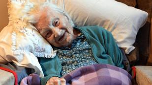 113 éves korában meghalt a legidősebb brit