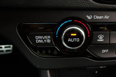 Okos üzemmód: ha csak egyedül ülünk az autóban, csak magunkat klímázzuk