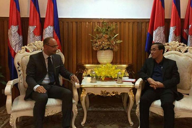 Tombor Bálint Kambodzsában bukkant fel