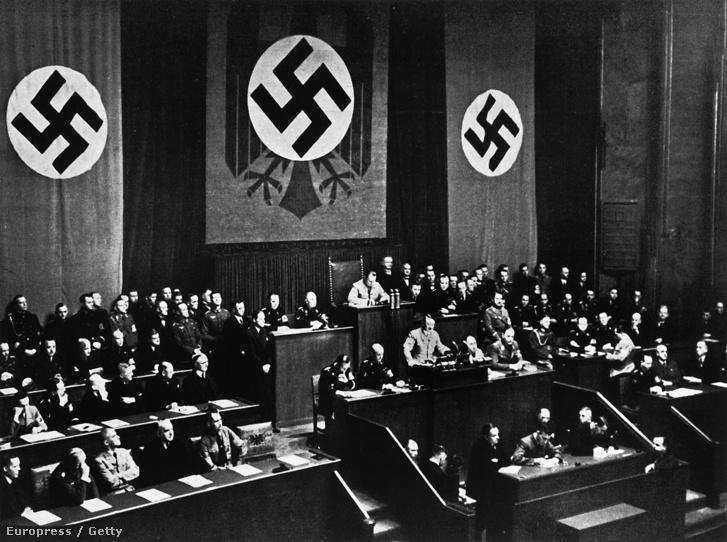 Adolf Hitler a Reichstagban(1936.)
