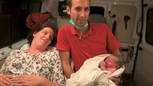 Mentőautóban szülte meg hatodik gyermekét egy türjei nő