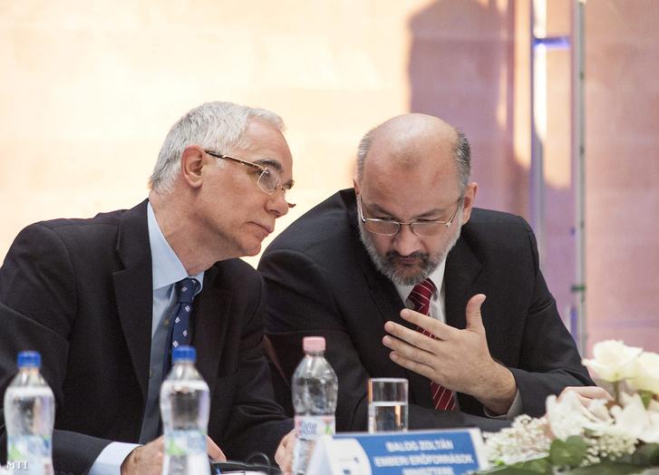 Balog Zoltán az emberi erőforrások minisztere és Köpeczi-Bócz Tamás az Emberi Erőforrások Minisztériumának európai uniós fejlesztéspolitikáért felelős államtitkára