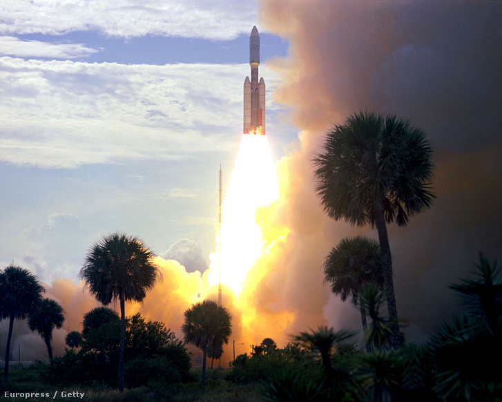 A Viking–1-et a Cape Canaveral légi bázisról lőtték fel majdnem egy évvel korábban, 1975. augusztus 20-án, egy Titan IIIE-Centaur hordozórakétán