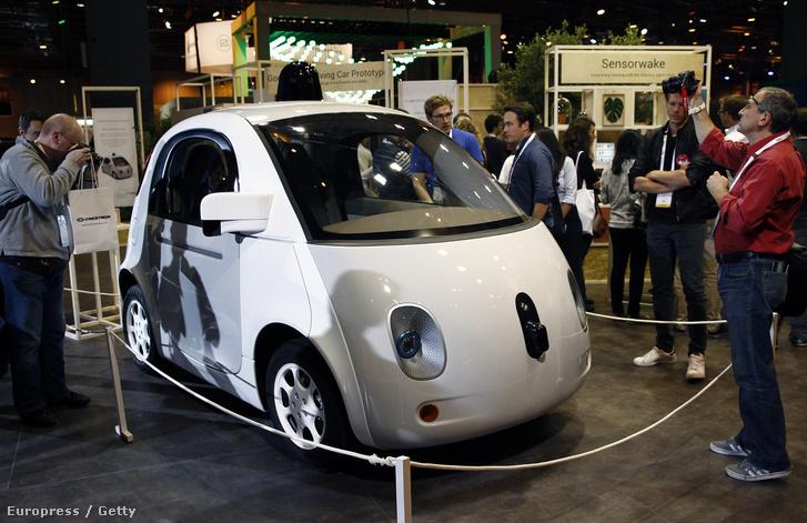 A Google egyik önjáró autójának tanulmánymodellje