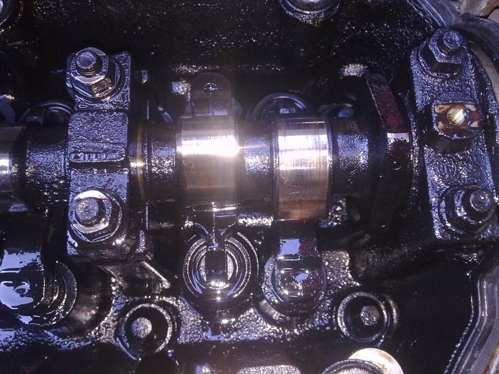 Ha így néz ki a motor belseje, akkor túl hosszú a periódus vagy nem jó minőségű a motorolaj