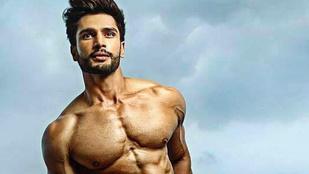 Ez az indiai férfi most a világ legszebb pasija