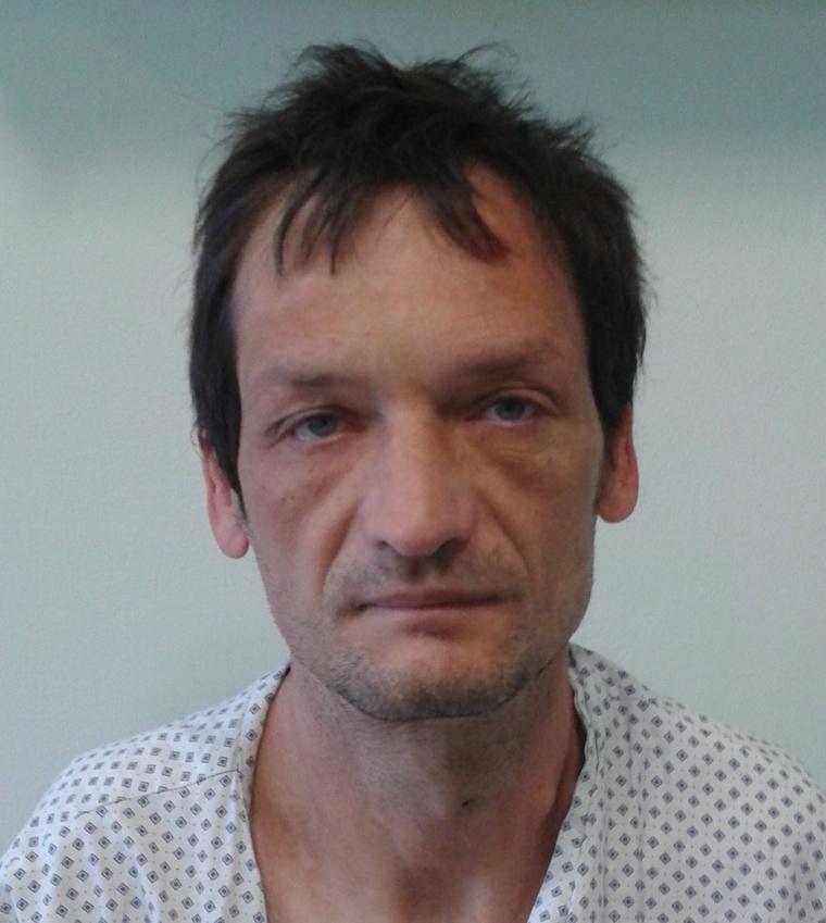 Az ismeretlen férfit Szolnokon igazoltatták a rendőrök