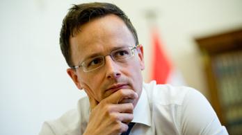 Francia zsarolásról és osztrák profitról beszélt Ausztriában Szijjártó