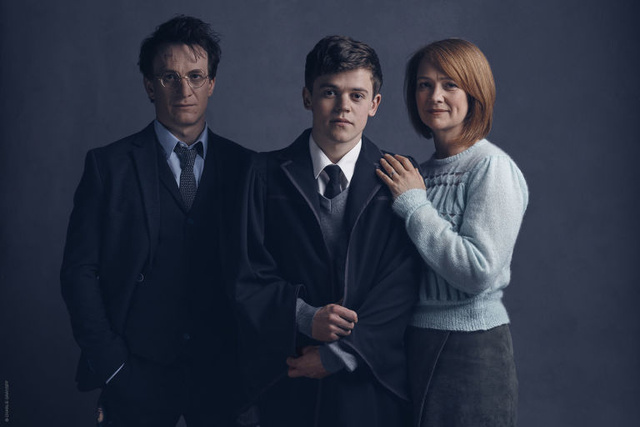 harry-potter-jamie-parker-albus-potter-sam-clemmett-ginny-potter