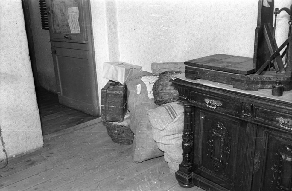 A zuglói esetet – hivatalosan - sohasem sikerült felderíteni. Valószínűleg ez az oka annak, hogy kimaradt Dvorák Ede és Rákóczi Margit '90-es évek végén megjelent Postarablók című könyvéből is. Pedig a Posta Magazin újságírója és a Postamúzeum könyvtárosa külön fejezetre való sztorigyűjteményt szedett össze az ötvenes évekből.