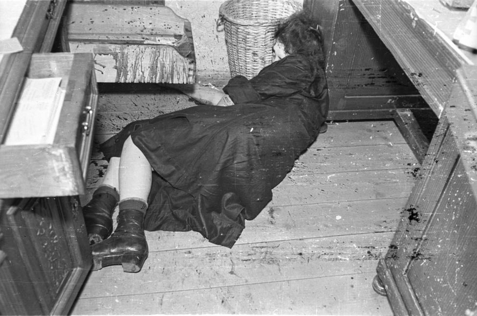 A zuglói postahivatalban a fiókvezető asszony azonnal meghalt, a takarítónőt még bevitték a kórházba. A nyomozó visszaemlékezése szerint rendőrt ültettek az ágya mellé abban reménykedve, hogy ha magához tér, mond valami fontosat a gyilkosról. Nagy Józsefné egy rövid időre valóban felébredt, de meghalt, mielőtt még bármit mondani tudott volna.