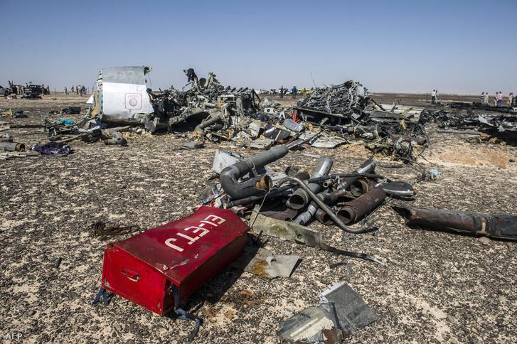 A felrobbantott utasszállító roncsai 2015. november 1-jén
