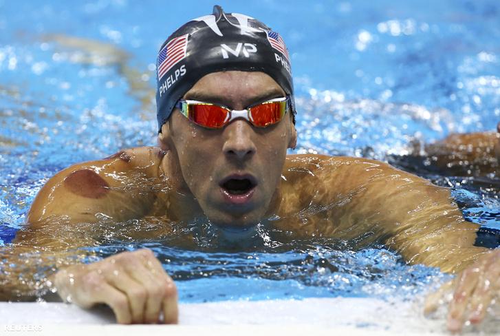 Amerikai arany 4x100-on is, Phelps még egyet szerzett