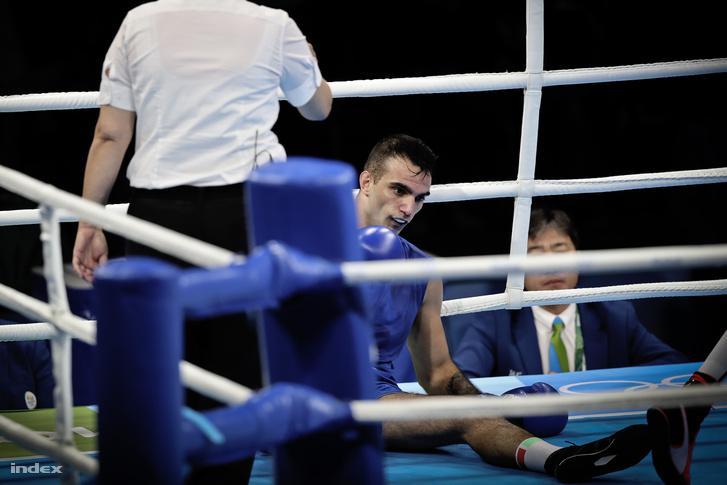 Harcsa Zoltán a második fordulóban, a kubai világbajnok ellen lépett a ringbe, ahol az első menet után egy kiméletlen ütéssel kiütötték és technikai KO-val leléptették.