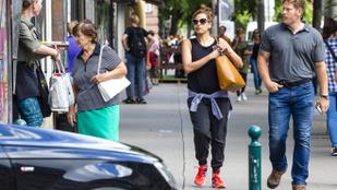 Eva Mendes játszóterezett egyet Budapesten
