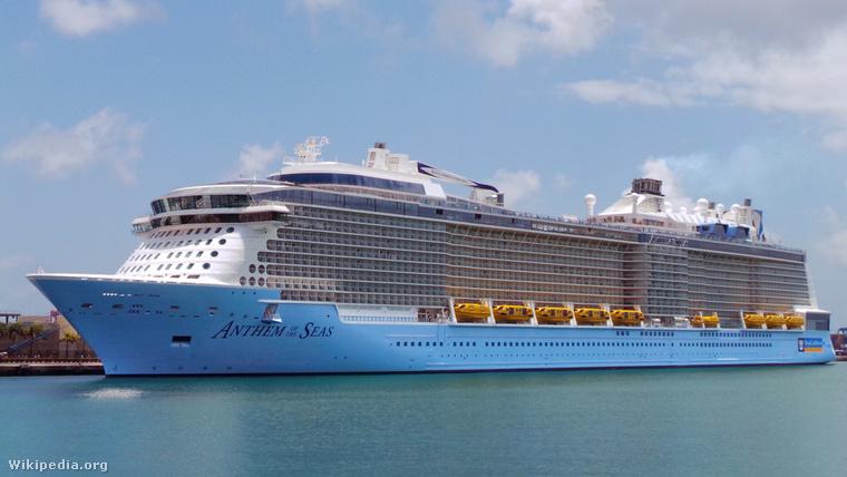 A Royal Caribbean egyik luxushajója