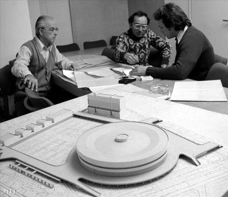 1978. Magyar-szovjet együttműködéssel épült a tizenkétezer néző befogadására tervezett Budapest Sportcsarnok
