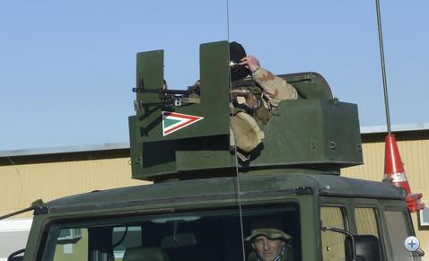 A magyar toronylövész felmászik a helyére