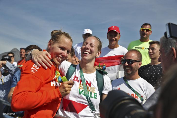 Szabó Gabriella és Szász Emese olimpiai bajnok vívó