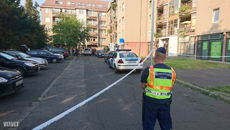A rendőrök még keresik az elkövetőt