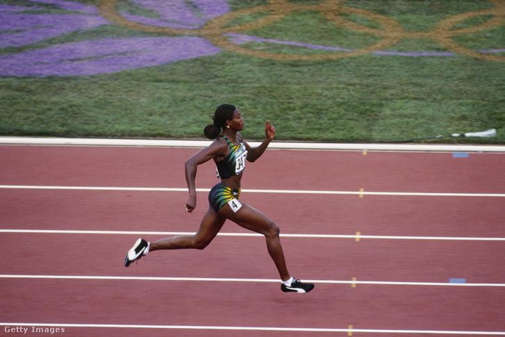 Merlene Ottey versenyez az 1996-os olimpián